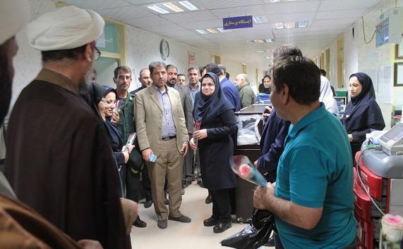 دیدار امام جمعه و مسئولین با پرستاران بیمارستان سینا شهرستان کارون