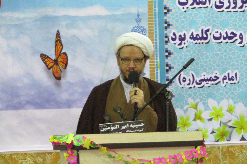 گزارش تصویری/نماز وحدت به مناسبت ایام الله دهه مبارك فجر