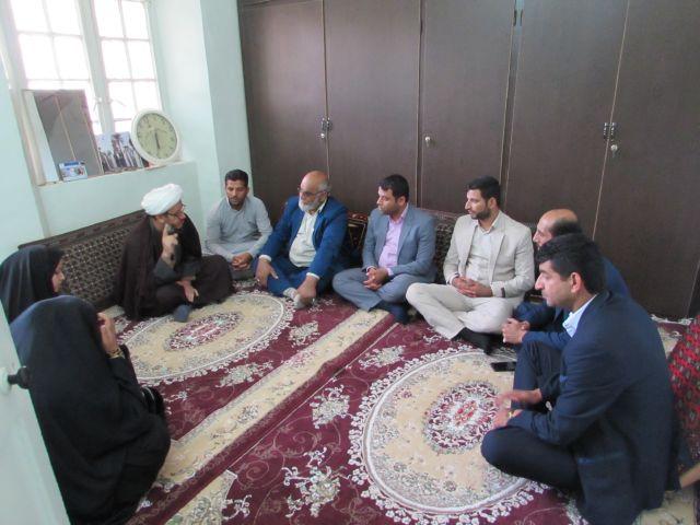 گزارش تصویری/دیدار شورا و دهیار قلعه چنعان با امام جمعه کارون