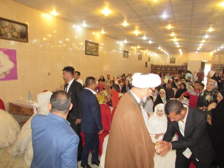 مراسم جشن ازدواج ۱۲زوج جوان موسسه خیریه امیر المومنین (ع) با حضور امام جمعه کارون برگزار شد