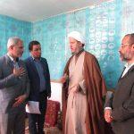 بازدید امام جمعه کارون و مسئول کمیته امداد از خانواده های مددجوی کارون