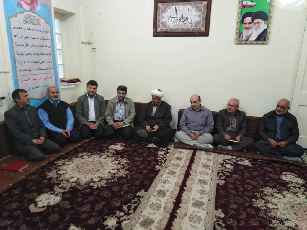 دیدار هیئت امناء و رزمندگان گردان امام رضا(ع) شهرستان کارون با امام جمعه کارون