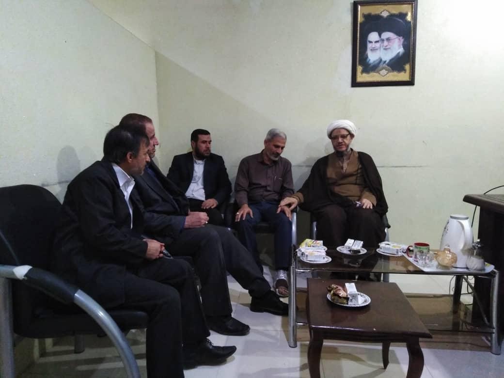 دیدار امام جمعه کارون با پرسنل و مسئول کمیته امداد امام خمینی شهرستان
