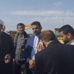 بازدید امام جمعه کارون از محل لوله گذاری جاده آبادان اهواز