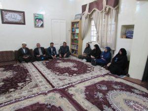 دیدار اساتید دانشگاه و معلمان با امام جمعه کارون