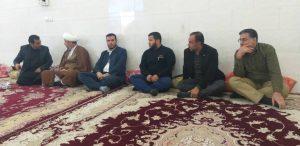 گزارش تصویری/حضور امام جمعه و مسئول ستاد در مراسم درگذشت پدر شهید ناصری